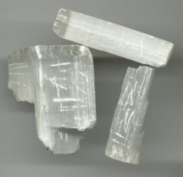 Satin spar, a type of Gypsum with fibrous crystals