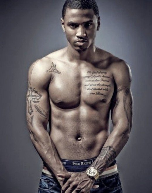Trey Songz is in shape with a great body, fukk he know ...
