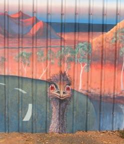 Beep beep - Emu as Roadrunner
