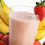 Низкокалорийный молочный коктейль с йогуртом - отличный рецепт для...