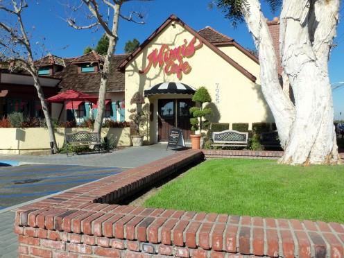 - Main Entrance to Mimi's Cafe -