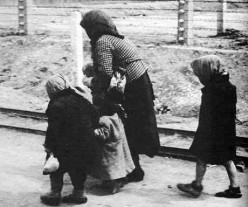 The unaware last walk to the gas chamber at Birkenau. Accessed from http://www.jewishvirtuallibrary.org/jsource/Holocaust/unaware.html