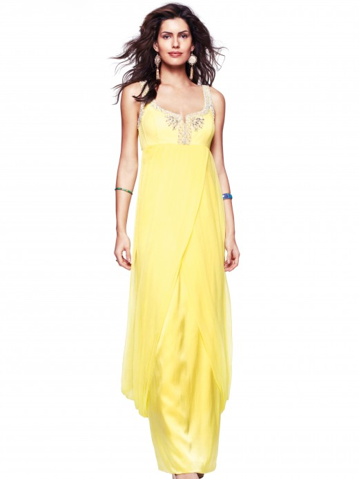 I love this yellow gown too It 39s elegant and kind of boho chic