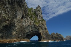 Hole in the Rock, Bay of Islands, New Zealand.