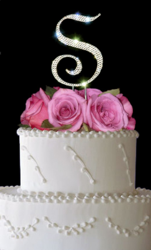 Simple Wedding Cakes with Flowers