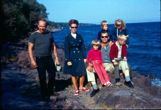 Marv, Shirley, Renae, Susie, Me, Dad, Mark