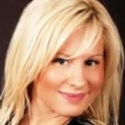 NinaLange profile image