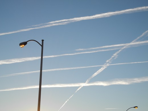 Chemtrail Lines quickly begin to morph into much larger cloud structures.