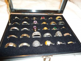 Sample Ring Varieties found: Gold, silver, collector, handmade, antique