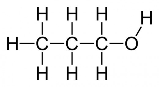 The main carbon chain contains 3 carbons, the alcohol is on the first carbon: 1-propanol