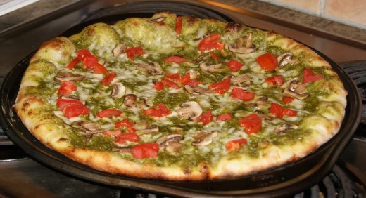 How to make homemade pizza with pesto sauce