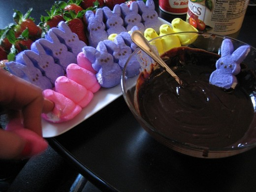 Anyone for a peeps and strawberry chocolate fondue? Simple to make and loads of fun to eat