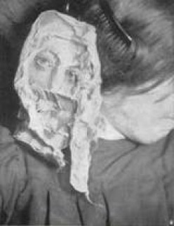 Ectoplasm: Ghostly Goo Appearing During Seances (T.G. Hamilton's Work)