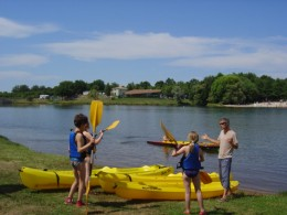 Kayaking on the lakes of the Haute-Vienne