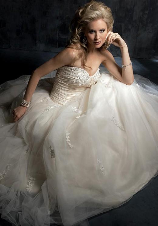Ball Gown/Ballerina