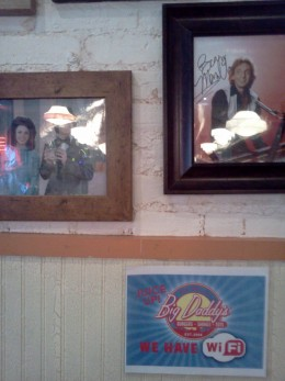 They also have free wifi and pictures of Barry Manilow and Donny & Marie Osmond