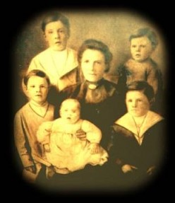 Mrs Rice and her 5 Children Died on the Titanic