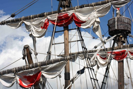 Christopher Columbus sailed in the Santa Maria, during his epic 1492 voyage of discovery  to the New World.  Today, a replica of the Santa Maria offers short  tourist trips from the harbour at Funchal