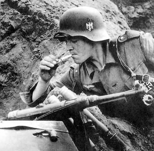 German Infantry with MP40