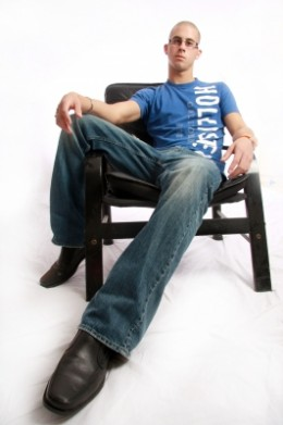 Blue Jeans May Be Stylist - But Not For The Interview