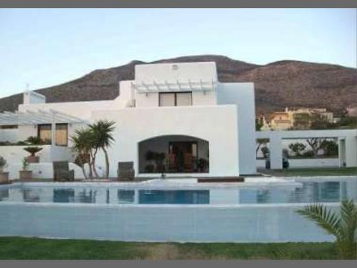 Greece real estate