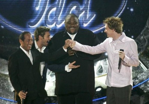 Ryan Seacrest with Paul Anka, Season 2 winner Ruben Studdard, runner-up Clay Aiken