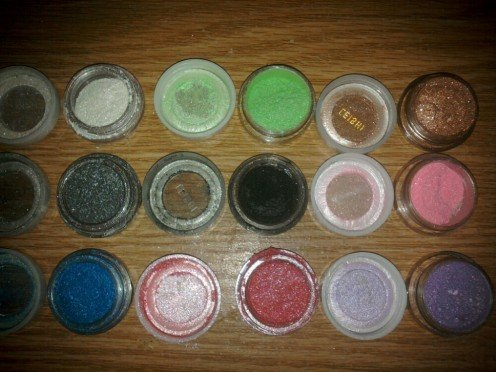 Eyeshadow set From Born Pretty Store. Gorgeous loose powders with shimmer.