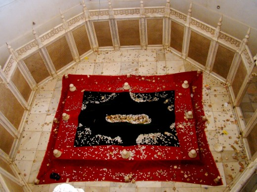 The grave of Rabia-ul-Daurani