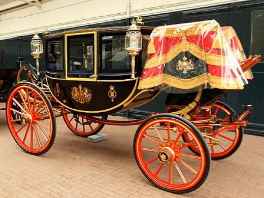 The glass coach,  Lady  Diana rode towards her  wedding to Prince Charles. This coach was built in 1881