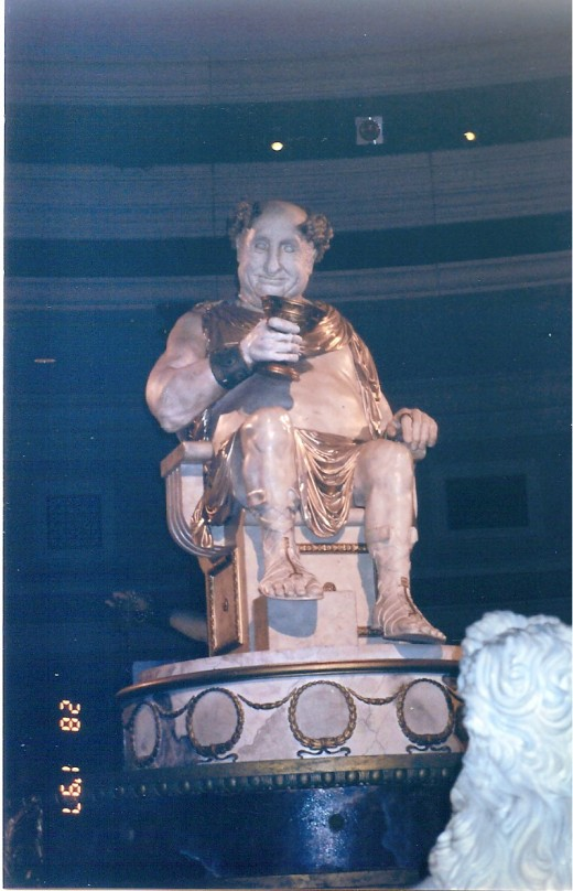 Talking Statue at Caesars Palace Hotel