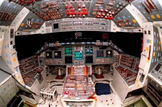 GLASS COCKPIT OF THE SPACE SHUTTLE ATLANTIS
