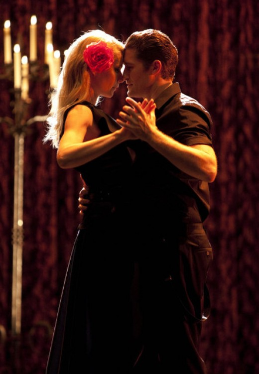 "Gwyneth Paltrow and Matthew Morrison on Glee from the episode ""Sexy"""