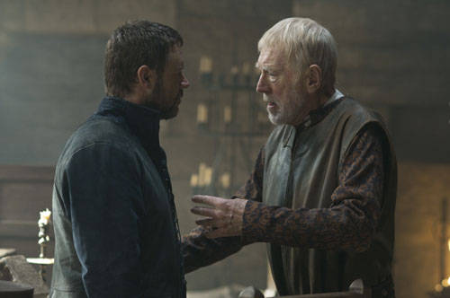 Russell Crowe, and Max Von Sydow in Robin Hood.