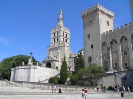 Romanesque cathedral and Le Palais des Papes, the residence of Avignon popes in 14th century, from dolechek.name