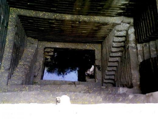 The sacred water tank (Kund) inside Grishneswar temple