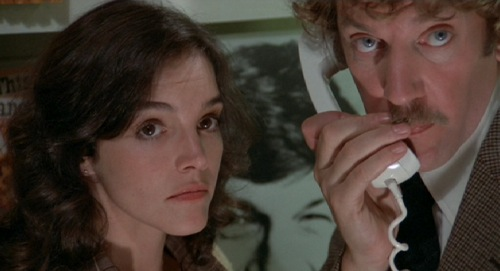 Brooke Adams and Donald Sutherland in Invasion of the Body Snatchers (1978)