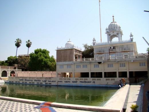 Gurudwara Nanak Sarai Sahib