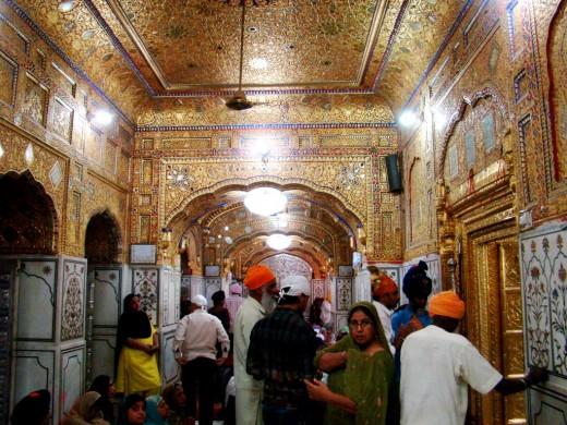 Inside Takhat Sachkhand Sri Hazur Abchalnagar Sahib
