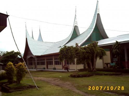 Another view of the second building in MAN 1 Payakumbuh.