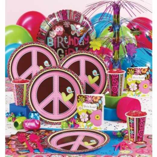 Happy Chick Deluxe Party Supplies
