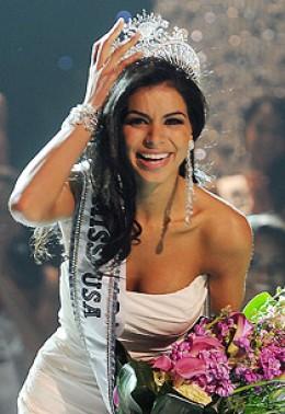 Rima Fakih winning the Miss USA contest