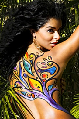 Rima Fakih wearing body paint