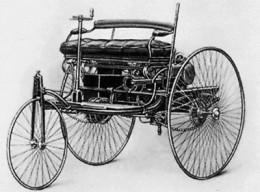 1890 Car powered by an Internal Combustion Engine with similar design to modern car engines