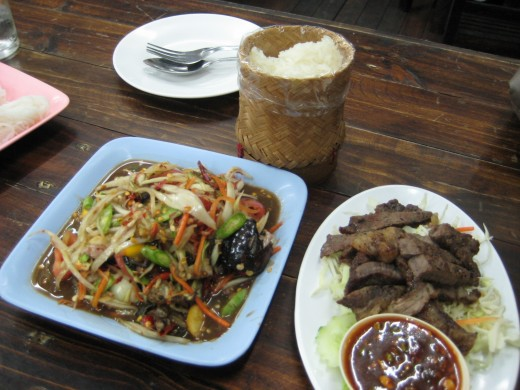 Spicy papaya salad, grilled beef and sticky rice - 110 baht