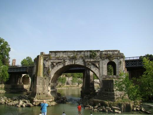 Ponte Rotto Bridge