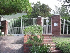 Crime in South Africa - life behind burglar bars