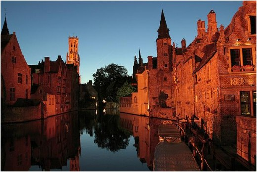 The combination of old, not so old and new fascinates everyone who first sets foot in Bruges.