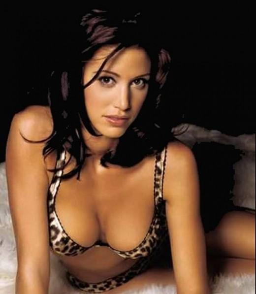 Sexy Shannon Elizabeth