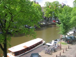 View of the Singel canal from our room.