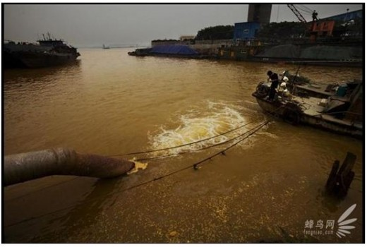 A Large amount of the chemical wastewater discharged into Yangtze River from Zhenjiang Titanium mill every day. Less than 1,000 meters away downstream is where the water department of Danyang City gets its water from. June 10, 2009